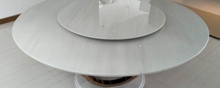 Стол из мрамора Sivec