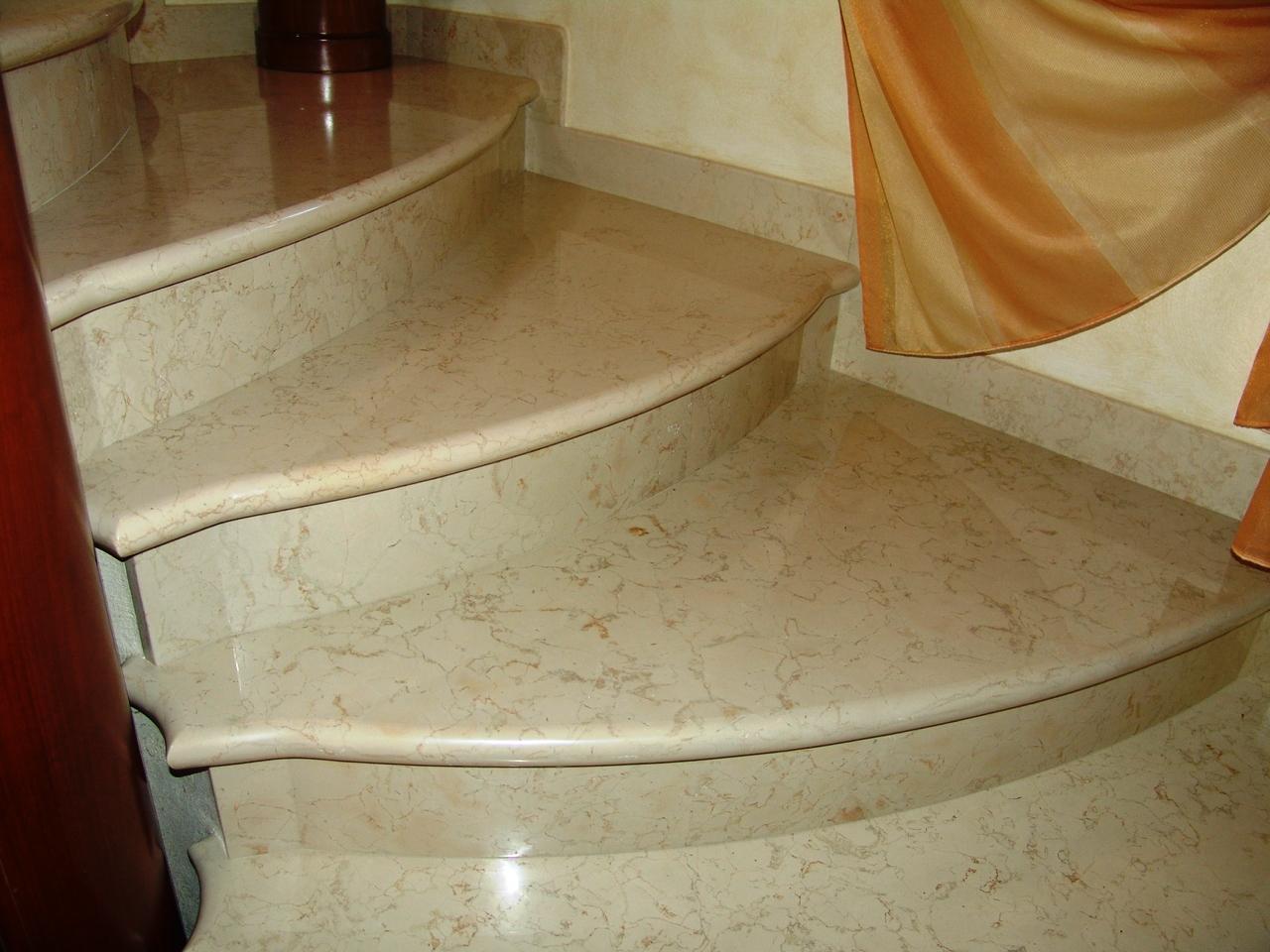 Лестница из мрамора Розалия Лайт